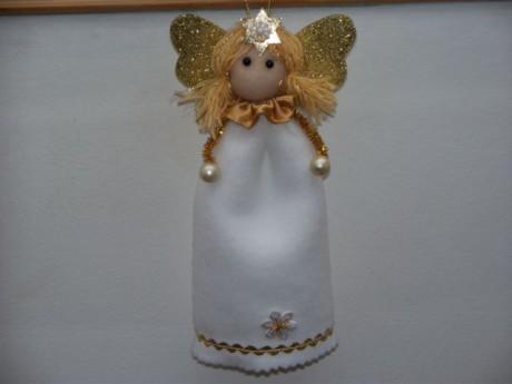 anděl zlatý zimní